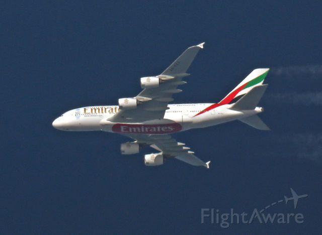 Airbus A380-800 (A6-EEK) - photo prise à 20 km, le 01-10-2015,MXP-JFK 38 000 ft vertical vendee