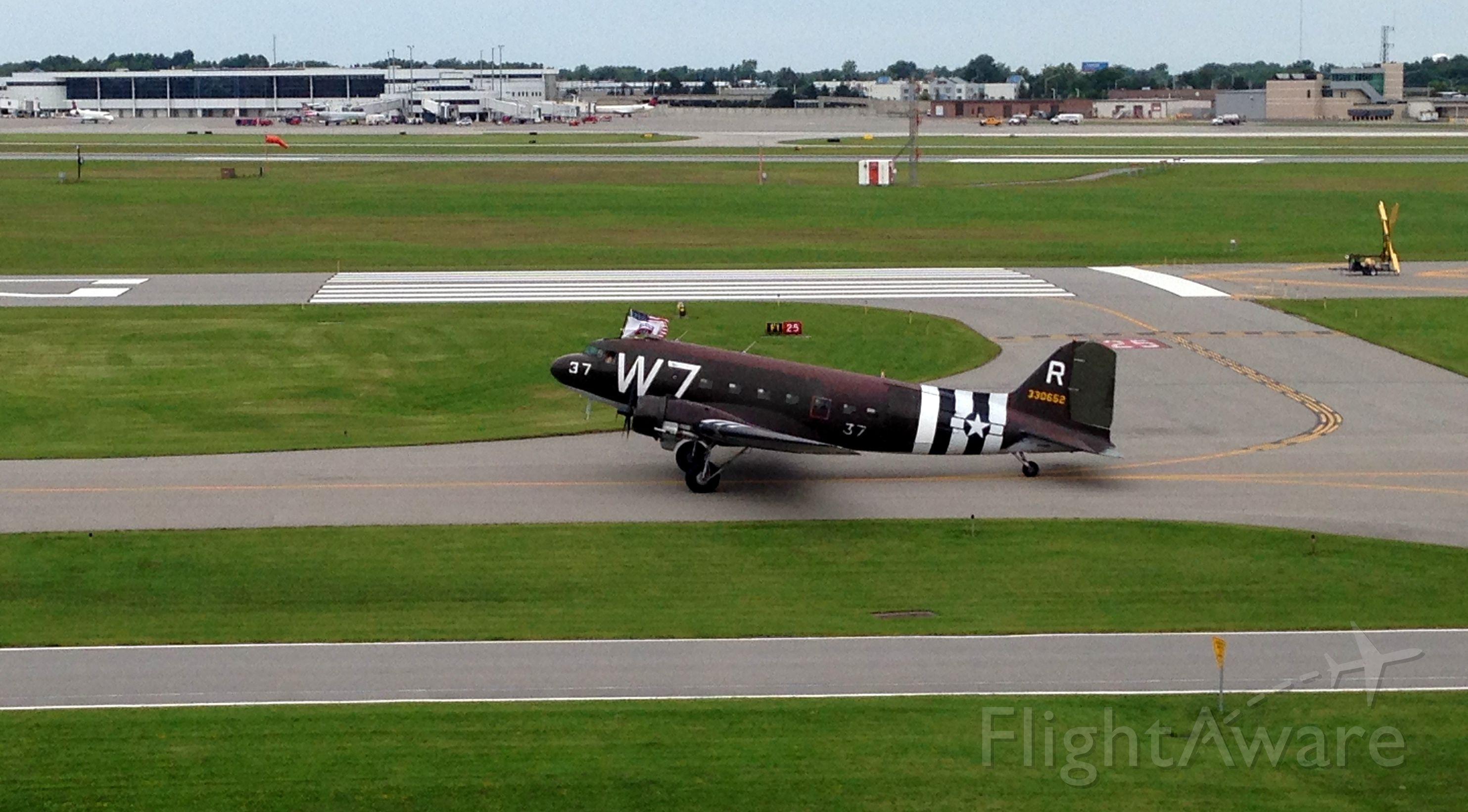 W7 — - 2014 Rochester Air Show