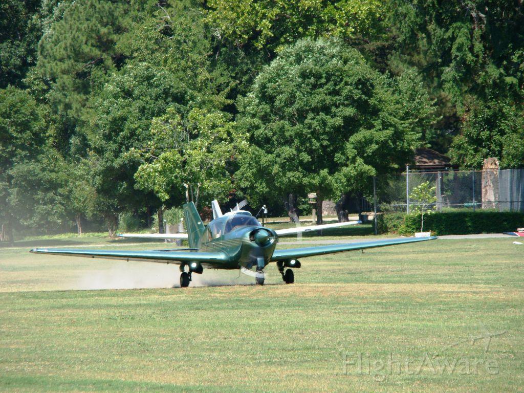 BELLANCA Viking (N281SV) - N281SV departing Gaston's on June 16, 2012