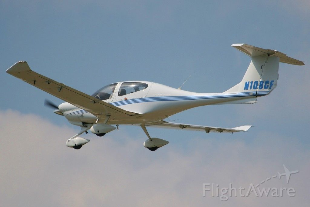 Diamond Star (N108CF) - Flight school trainer  G1000