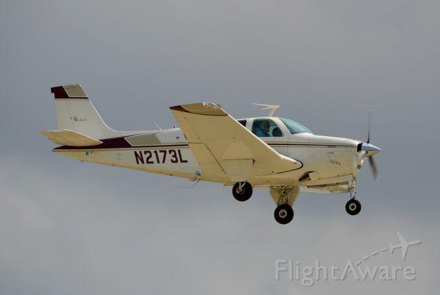 Beechcraft Bonanza (33) (N2173L)