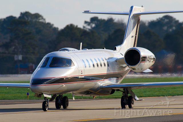 Learjet 45 (N46FE)