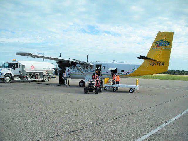 Embraer EMB-120 Brasilia (VQ-TGW)