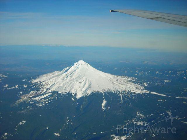 Boeing 737-800 — - Mt. Hood