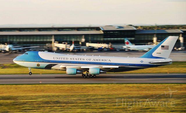 Boeing 747-200 (N28000) - AF1 rotating