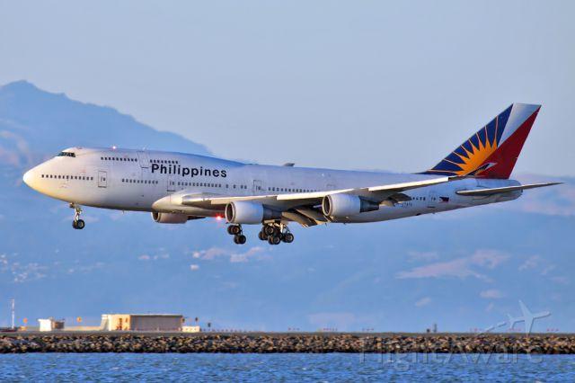 Boeing 747-400 (RP-C7473)