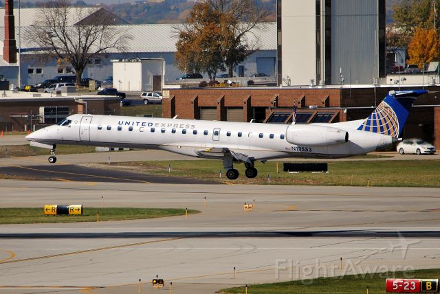 Embraer ERJ-145 (N13553) - Landing runway 23 in Des Moines, IA from Chicago. Picture taken on October 15, 2012.