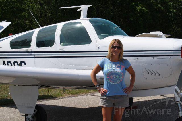 Beechcraft 35 Bonanza (N9439S)