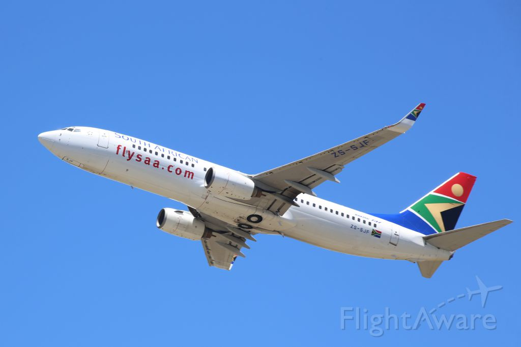 Boeing 737-800 (ZS-SJF) - Departing RWY 08