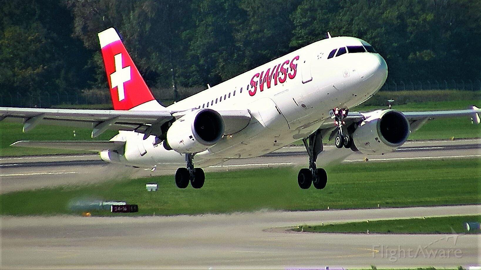 Airbus A319 —