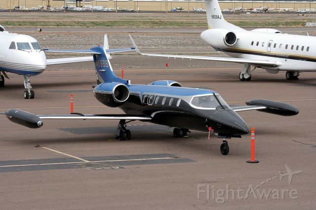 Learjet 35 (N469BB) - On the ramp at KDVT