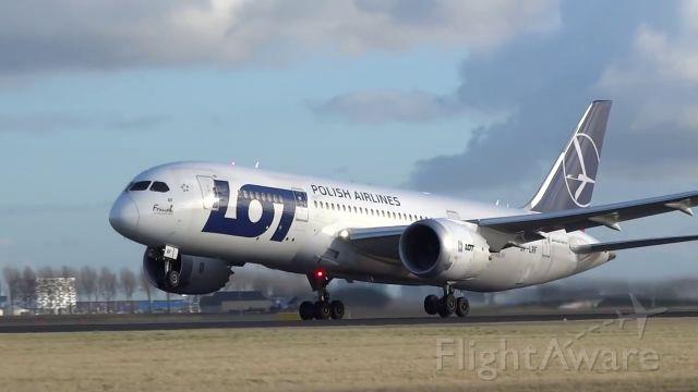 Boeing 787-8 (SP-LRF) - landing from Warsaw EPWA