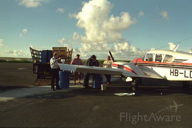 Piper Aztec (HB-LDH) - worldtrip all continents, Pago Pago