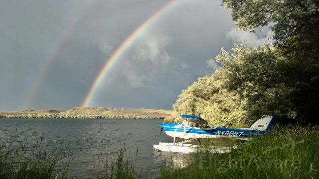 Cessna Skyhawk (N46287) - After the storm on Fort Peck Lake, Montana.