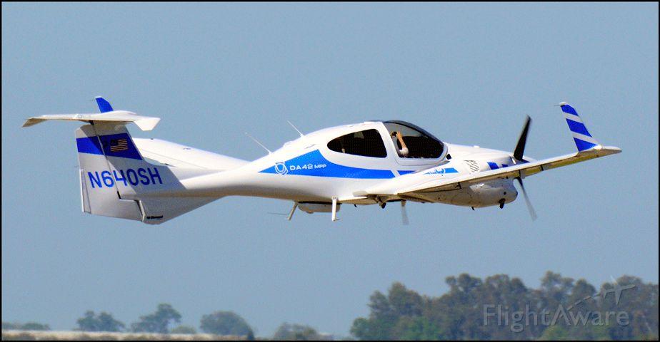 Diamond Twin Star (N640SH) - N640SH Diamond DA-42MPP Twin Star departing the Merced Regional Airport