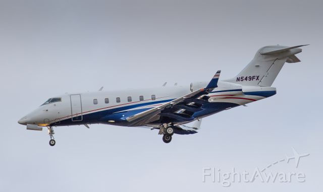Bombardier Challenger 300 (N549FX) - Flexjet