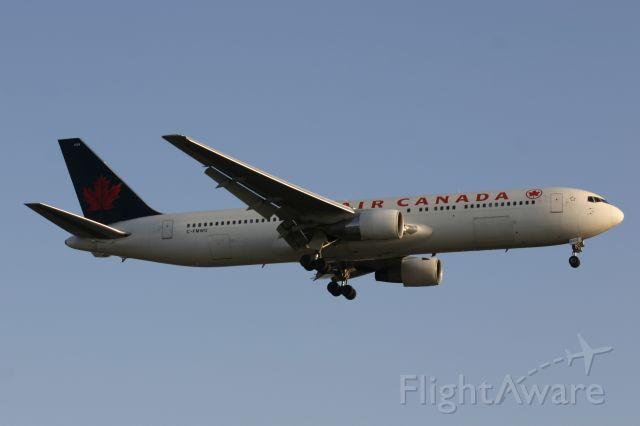 BOEING 767-300 (C-FMWU) - January 28, 2006 - approached Toronto