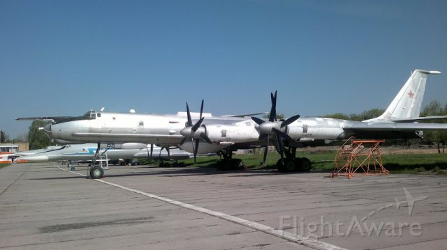 — — - TU-142