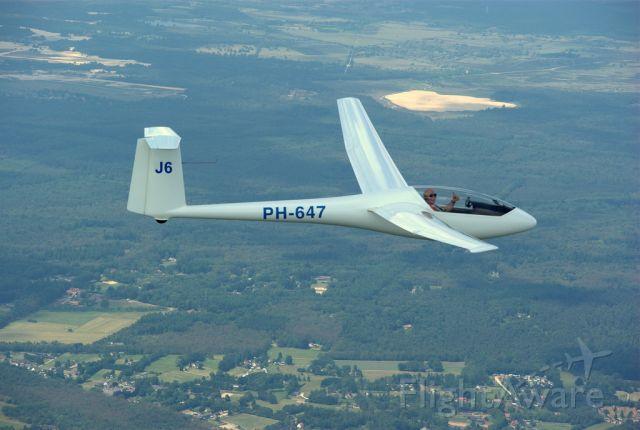De Havilland Mosquito (PHA647) - Glasflügel H-303 Mosquito-B