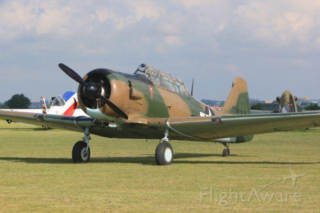 North American T-6 Texan (F-AZAU) - North American T 6G-1-NH Texan n° 182-800 , Cambrai-Niergnies Airfield (LFYG)