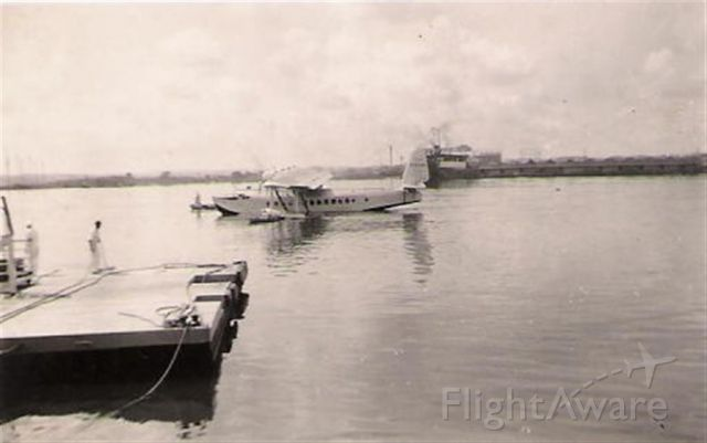 — — - Clipper departing Havana