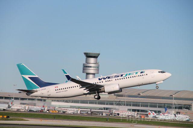 Boeing 737-800 (C-GWSR) - Runway Run 2K16