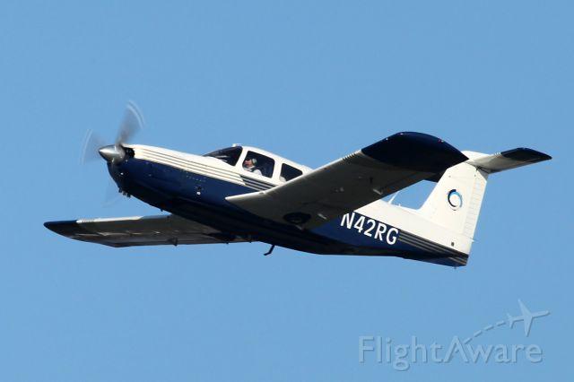 Piper Lance 2 (N42RG)