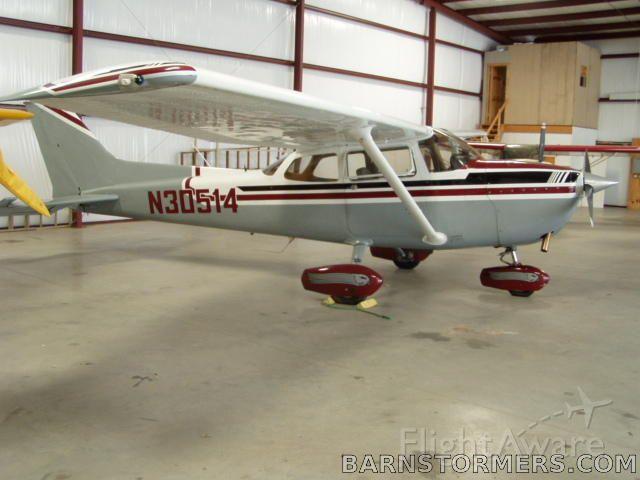 Cessna Skylane (N30514)