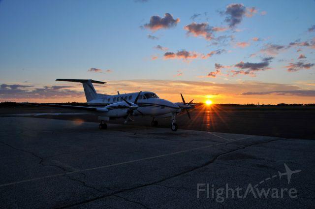 Beechcraft Super King Air 200 (N1655M)
