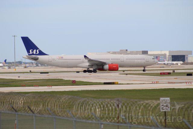 Airbus A330-300 (LN-RKU) - SAS944 on it's return leg to Copenhagen on 7/31/20. Departing on runway 10L.