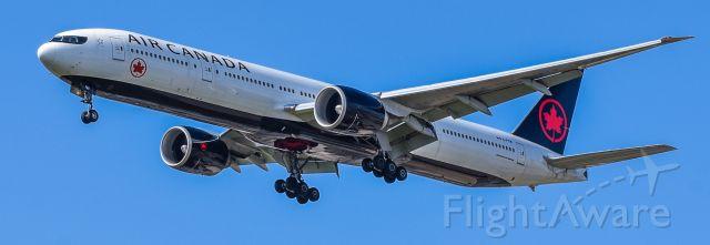 C-FITW — - Flight 7211 arriving from Frankfurt , short final 24 left