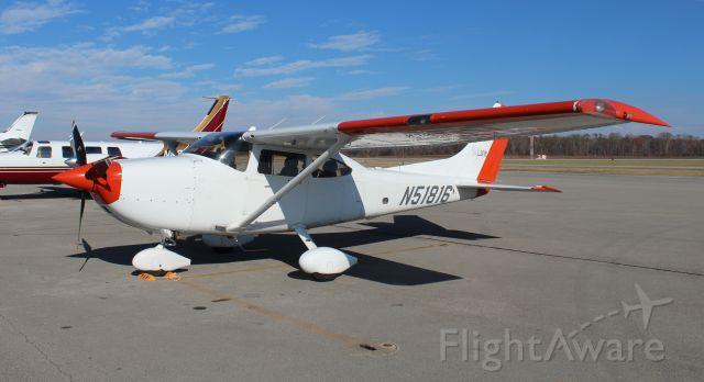 Cessna Skylane (N51816) - A Cessna 182T Skylane of Barr Air (Pipeline) Patrol on the ramp at Pryor Field Regional Airport, Decatur, AL - December 14, 2016.