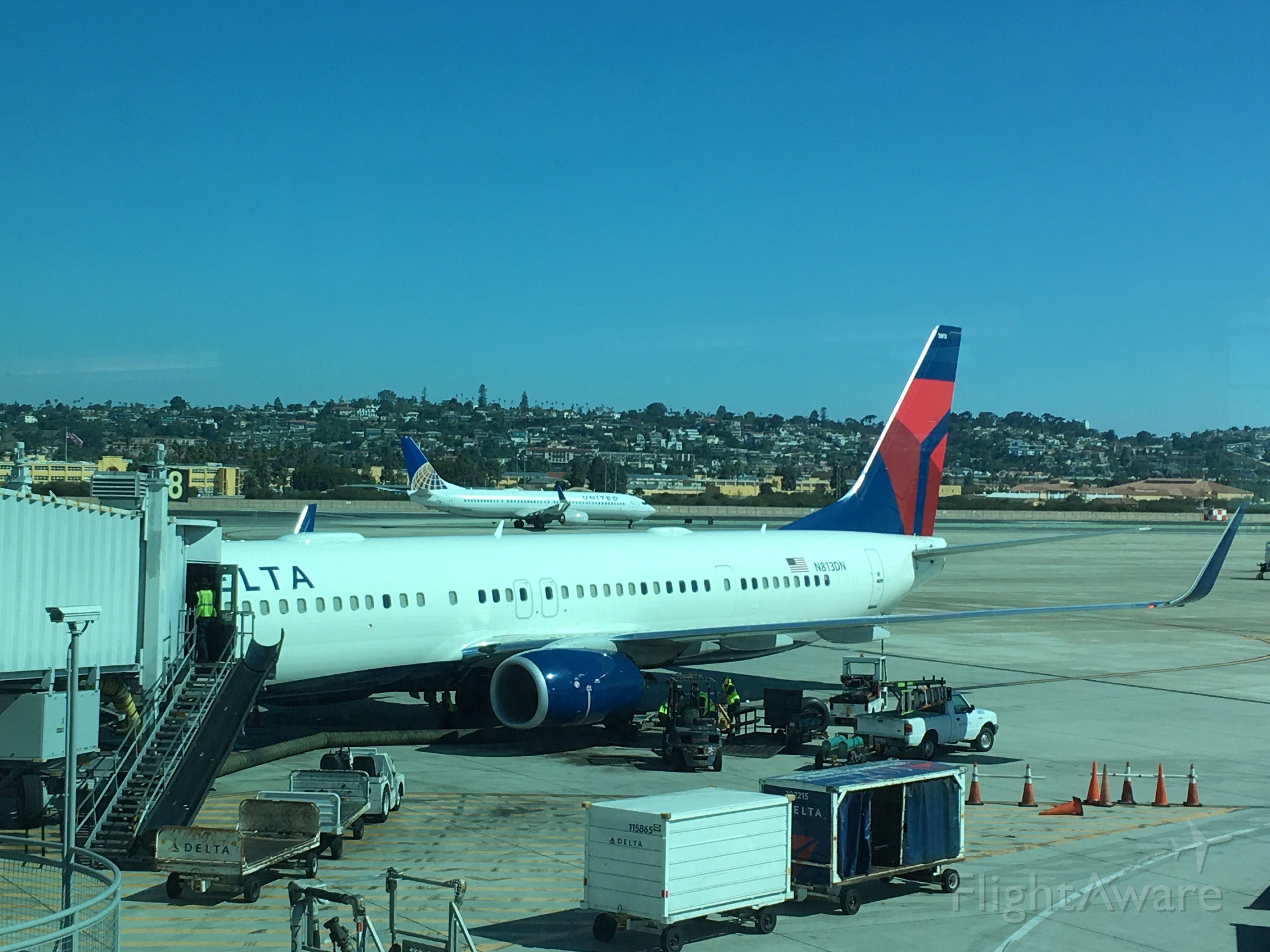Boeing 737-900 (N813DN) - DAL1851 to Detroit