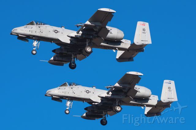 """Fairchild-Republic Thunderbolt 2 (78-0643) - WICKED 2/3 making a formation approach and landing.  Note Wicked 3 staring me down.  Full Photo: <a rel=""""nofollow"""" href=""""http://www.jetphotos.net/photo/8184675"""">http://www.jetphotos.net/photo/8184675</a>"""