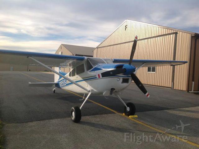 Cessna Skywagon (N185US)