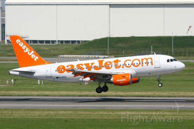 Airbus A319 (G-EZIV) - Airbus A319-111, Landing Rwy 14R, Toulouse-Blagnac Airport (LFBO-TLS)