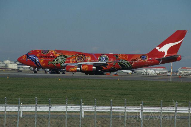"BOEING 747-300 (VH-OJB) - Departure at Narita Intl Airport Rwy34L on 1995/11/28 "" Wanula Dreaming c/s """