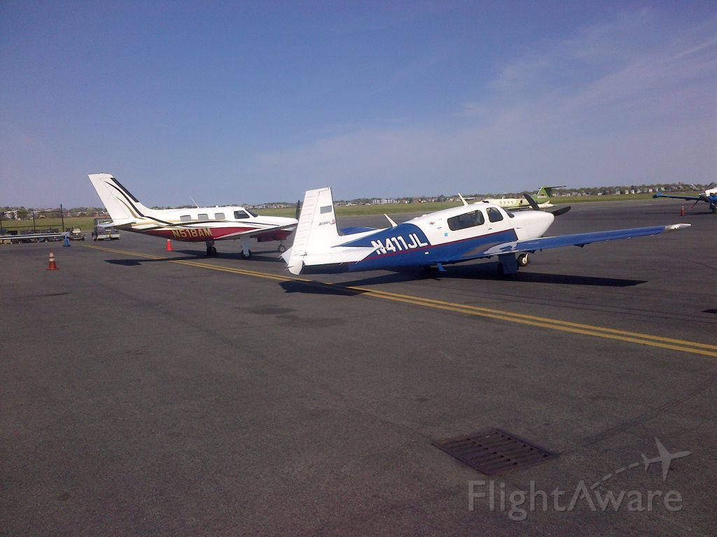 Piper Malibu Mirage (N518AM) - Unexpectedly meeting up with Big Dave