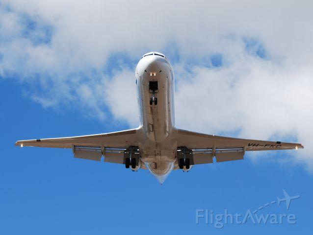 Fokker 100 (VH-FKC)