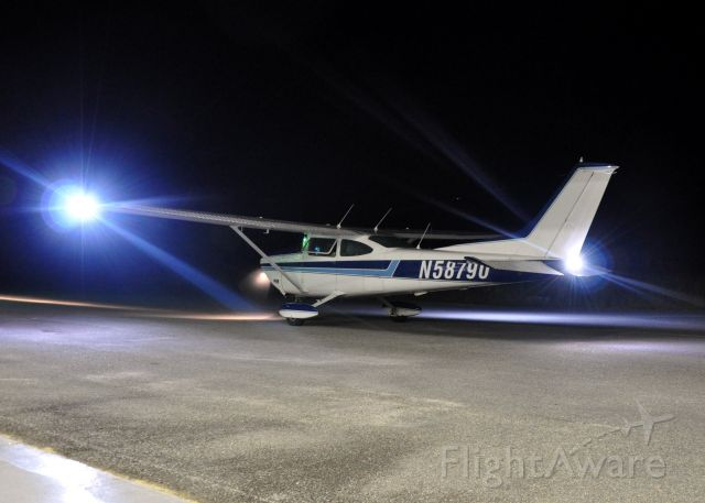 Cessna Skylane — - Night Recovery
