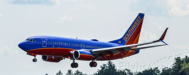 Boeing 737-700 (N254WN) - Shot with a Nikon D3200 w/ Nikkor 70-300mm<br />Best viewed in Full Size