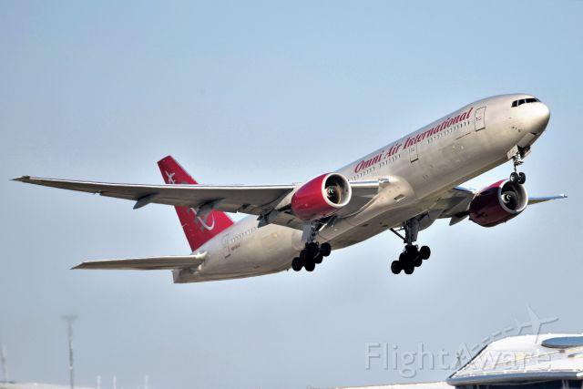 Boeing 777-200 (N819AX) - 04-02-21 23-R