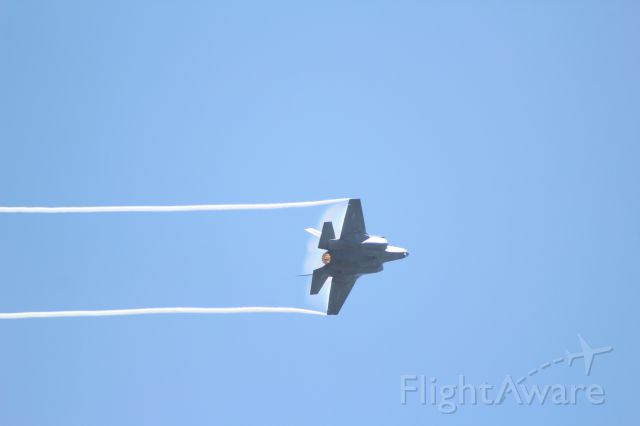 16-8726 — - From the Miramar 2015 airshow, here is a Marines F-35B breaking hard left.