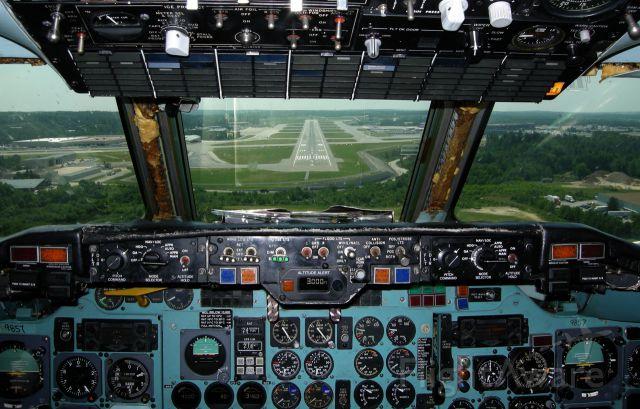Douglas DC-9-10 —