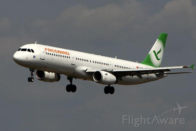 Airbus A321 (TC-FBG)