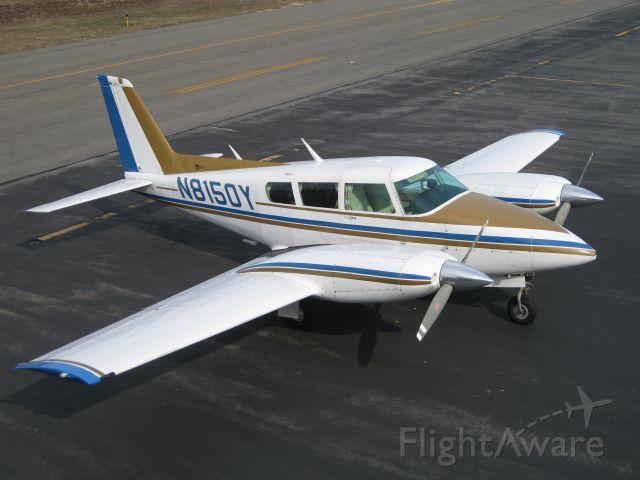 Piper PA-30 Twin Comanche (N8150Y)