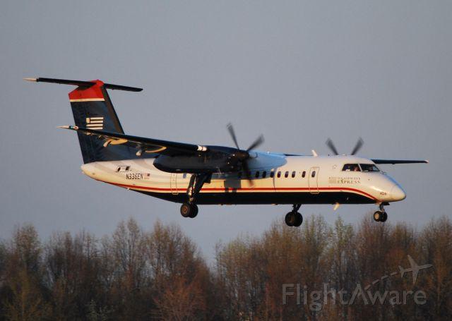 de Havilland Dash 8-300 (N336EN) - Arriving 18C - 3/18/11