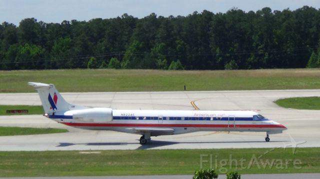 Embraer ERJ-135 (N822AE) - American Eagle 2485 departing to New York JFK at 2:36 P.M.    Taken June 7, 2015.