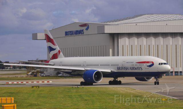 Boeing 777-200 (G-VIIV) - British -Face to Face- Boeing 777-236(ER) G-VIIV Heathrow