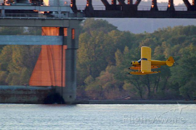 Dassault Falcon 20 (N526CC) - Landing on the Ohio